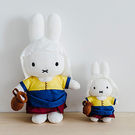 Johannes Vermeer, miffy, Dick Bruna - 牛乳を注ぐミッフィー