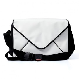 YANKO Design - Messenger Bag