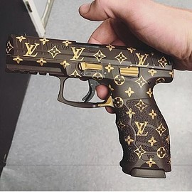 Heckler & Koch GmbH - VP9×LouisVuitton
