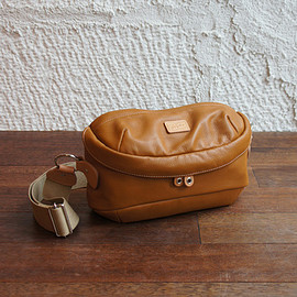 grips - SHELL-LEATHER BODY BAG