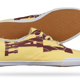 PUMA - Tekkies Graphic [Burgundy / Team Yellow]