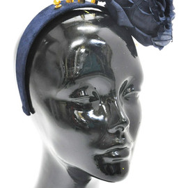 Piers Atkinson - 【Piers Atkinson】NAVY SUEDE BAND WITH GOLD PLATED STUDS AND SILK ROSE
