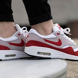 NIKE - Air Max 1 Anniversary - White/University Red/Neutral Grey/Black