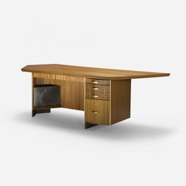Frank Lloyd Wright - desk