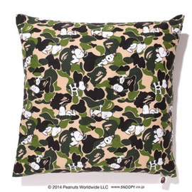 A BATHING APE®×PEANUTS™ - ABC BEANS CUSHION