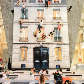 Leandro Erlich - Bâtiment (Building) - a mirrored installation