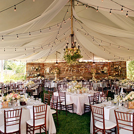 unique reception ideas // via ruffledblog.com