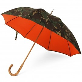 LONDON UNDERCOVER - British Woodland Camouflage & Orange Umbrella