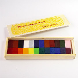 Wax Blocks - 24 colours in a wooden case  蜜蝋クレヨン