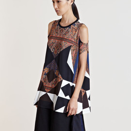 GIVENCHY - Givenchy Women's Cut-Out Patterned T-Shirt