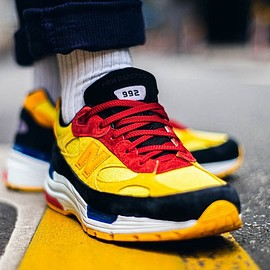 New Balance - M992 - Yellow/Black/Red/Blue?