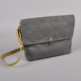 ARCHIVAL CLOTHING - FLAP MUSETTE, GREY