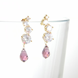 Ostara - 16k Gold Plated Cubic Zirconia Stud Earrings/Swarovski Amethyst