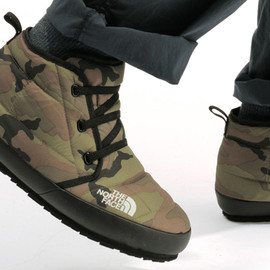 THE NORTH FACE - NSE Traction Chukka Sneakers
