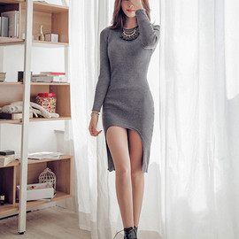 Fashion Round Neck Long Sleeve Irregular Hem Knitting Dress