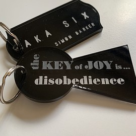 AKASIX - aclylic key ring