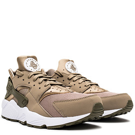 NIKE - Air Huarache - Khaki/Medium Olive/White