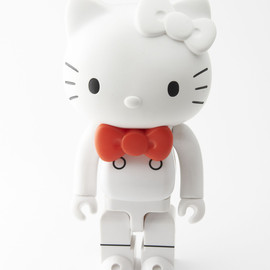 QUOLOMO, SANRIO, MEDICOM TOY, BE@RBRICK - HELLO KITTY KUBRICK Limited Edition
