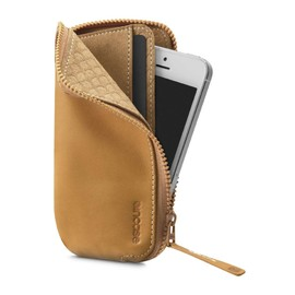 Incase - Lether Zip Wallet