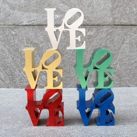 Robert Indiana - Robert Indiana LOVE Replica