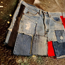TWENTYFOUR SEVEN - destruction denim skirt (levi's Remake Jeans)