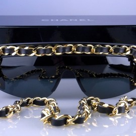CHANEL - 01456 long chain made in 1990s