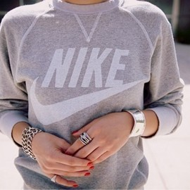 NIKE - Sweat Shirt
