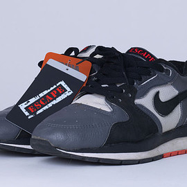 NIKE - Air Windrunner Leather (Escape) - Grey