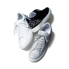 uniform experiment - uniform experiment Leather Studs Sneaker