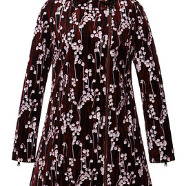 GIAMBA - Pre-Fall 2015 Lily Of The Valley Smooth Velvet Double Breasted Coat