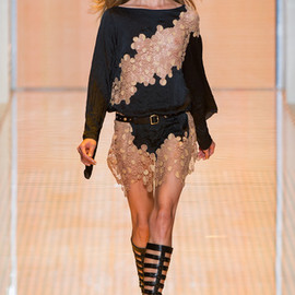 Versace - Versace Spring 2013 Ready-to-Wear