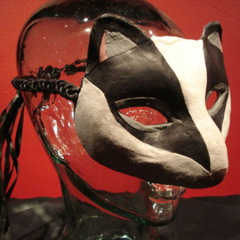 Viktor Wynd's Little Shop of Horrors - Badger Mask