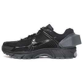 Nike Lab x A-COLD-WALL* - ZOOM VOMERO 5/BLACK & REFLECT SILVER