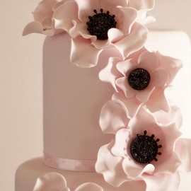 poppy flower decorated cake