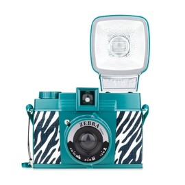Lomography - Diana F+ & Flash – Zebra (ゼブラ)