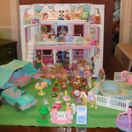 Fisher Price  - Vintage Fisher Price Loving Family Dream Dollhouse LOADED - 200 Pcs, People ++++