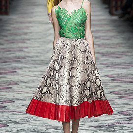 GUCCI - SS2016 Look13(Willow Hand)