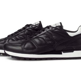 White Mountaineering - White Mountaineering × SAUCONY Running shoes Black