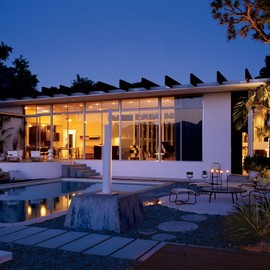 Oscar Niemeyer - Santa Monica House, California