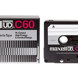 maxell - UD C60