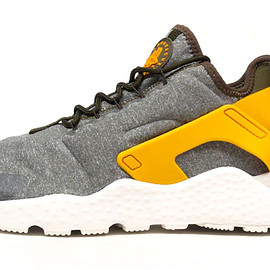 """NIKE - (WMNS) AIR HUARACHE RUN ULTRA SE """"LIMITED EDITION for ICONS"""""""