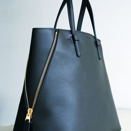 TOM FORD - Tom Ford Jennifer Trap Calfskin Tote Bag, Black