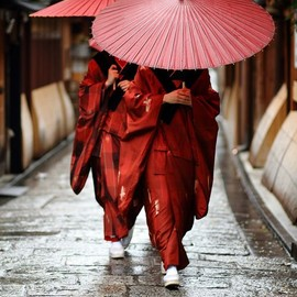 Kyoto - Kimono and yukata are considered as Japanese traditional clothes!