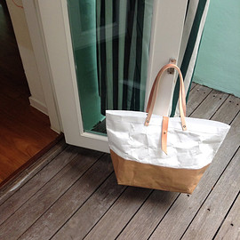 BelltaStudio - Tote Bag Large Long strap : Tyvek and Kraft paper bag