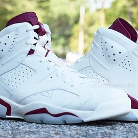 NIKE - NIKE AIR JORDAN 6 RETRO OFF WHITE/NEW MAROON