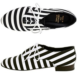 American Apparel - Black and White Medium Stripes