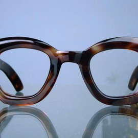 Vintage MAX PITTION - 1940s MAX PITTION POLITICIAN DARK-TORTOISE 42-27