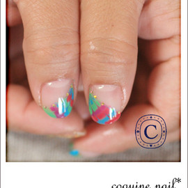 coquine nail - 虹色ピーコック。