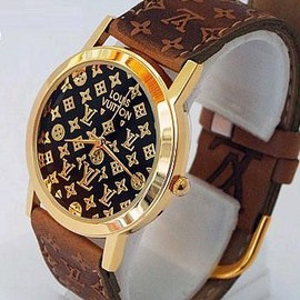 LOUIS VUITTON - watch