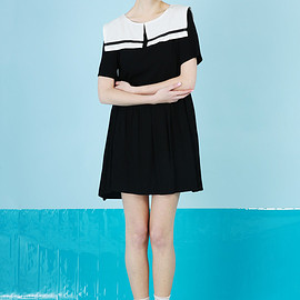 THE WHITEPEPPER - T-Shirt Sleeve Sailor Smock Dress Black